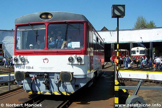 Motorový vozeň 810.159-4