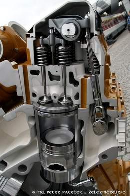 Motor Caterillar v reze