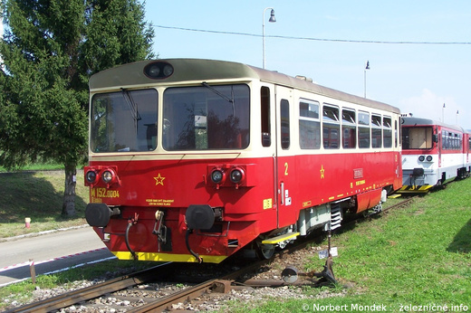 Motorový vozeň 810.004 s pôvodným Krišpínovým označením