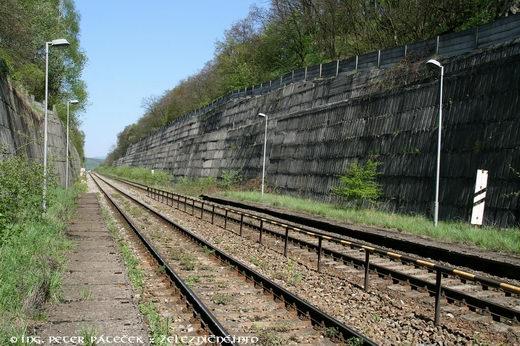 Otvorený zárez nahradil tunel