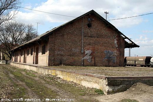 Bánréve - budova skladu