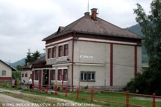 Mníšek nadHnilcom - súčasná stanica natrati 173
