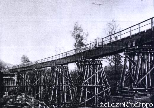 Drevený provizórny most