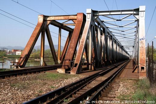 Železničný most v Trenčíne